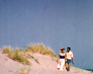 couple-plage-camargue-film-archive-amateur-cine-concert